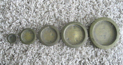 VINTAGE BANFIELD BRIGHTON SCALE WEIGHTS 5 TOTAL 8oz to 1/4oz SIGNED BALANCE BEAM