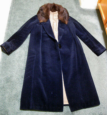 Grandma's Schuman Garment 90 Year-Old Dark Blue COAT with Fur Collar size Small