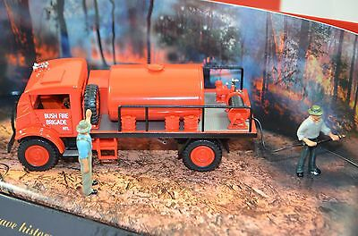 1:50 Trux Late 1940's Chevrolet Blitz Wagon Fire Fighting Tanker Truck
