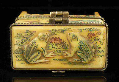 China Collectible Handwork Carving Frog Yak Bone Double-Deck Jewel Box