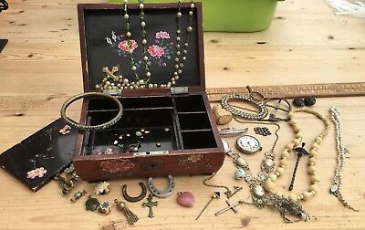 Collection Of Vintage / Antique Silver Etc Jewellery, Charms Etc In Vintage Box