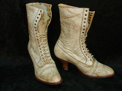 Oak Tree Farms Mary Old West Granny Vintage Style Rustic finish Boot Leather
