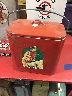 1930s and 40s ORIGINAL 6 PACK COCA COLA COOLER  NO DENTS ALL THERE VERY RARE