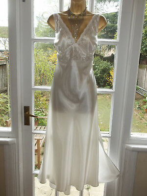 Vintage Style Presence Liquid Satin Embroidered Slip Nightie Gown UK22 Tall Girl