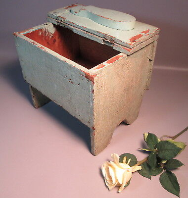 Primitive Antique Wood Shoe Shine Stand Cricket Stool Box Orig Sage Green Paint