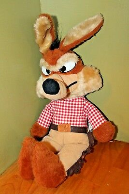 """Wile E Coyote Doll / Warner Brothers Characters / 1971 / 18"""" Tall"""