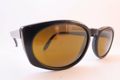 Vintage Vuarnet Pouilloux sunglasses black etched lens made in France