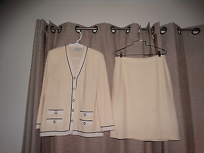 ST JOHN COLLECTION MARIE GRAY 10 santana skirt set outfit sweater perfect suit