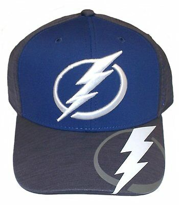cheap for discount 491c0 96620 NHL Tampa Bay Lightning Structured Flex Fit Cap Center Ice Collection Hat