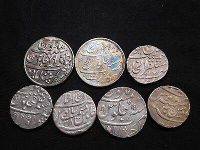 G119 India Mughal Empire M. Shah 5 pcs & 2 other Rupees Mixed Group 7 Pieces