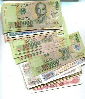 Vietnam 927,500 Dong  Currency Note Lot Of  31 Circulated 9952K