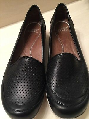 Brand New Dansko Marjorie Black Leather + Taupe Slip On Flats -Size 39 (8.5 - 9)
