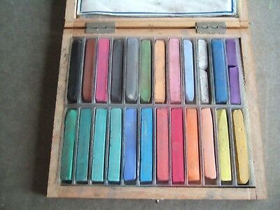 A good wooden case of 24 J M Paillard Paris artist pastels. Please see photos..