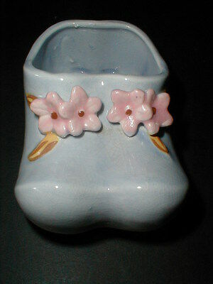 Japanese Porcelain Pioneer Mose NY Blue Baby Shoe Wall Pocket Planter 1950s