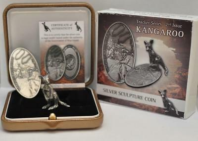 Kangaroo-Tracker Series 2017 Niue Silver Coin and Sculpture, Antique Finish