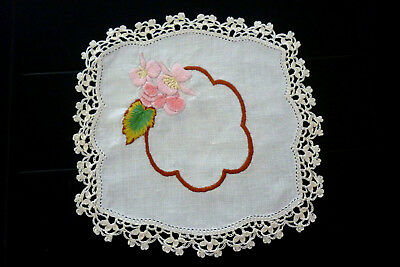 Beautifully Hand Embroidered Doily Flowers Crocheted Edge 21 Cm Vgc