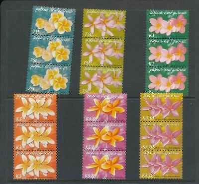 PAPUA NEW GUINEA 2005 Flowers Strips MNH 18 Stamps (PAP110A)