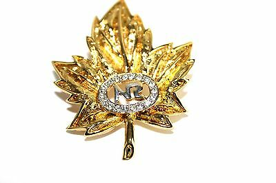 Nina Ricci Collectible Gold Tone Mapleleaf Brooch Hat Lapel Scarf Pin scarf clip