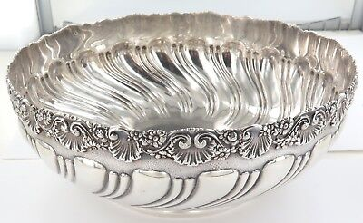 .1884 STUNNING TIFFANY & Co STERLING SILVER FRUIT BOWL. GOOD WEIGHT 530 GRAMS.