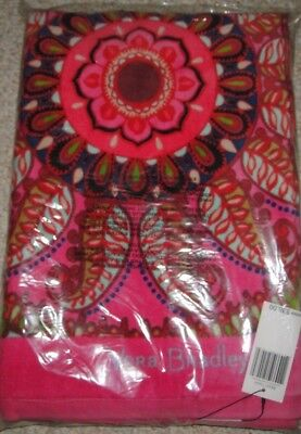 NEW VERA BRADLEY Beach Towel  RESORT MEDALLION Pinks Large Plush New in package