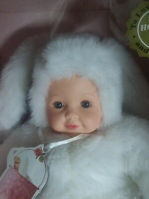 "Anne Geddes Baby Bunnies 15"" Blue Eyed Bunny with White Fur 1997, New in Box"