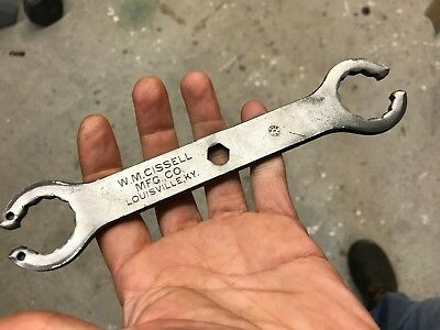 VINTAGE W. M. Cissell Manufacturing WRENCH Rare Wrench