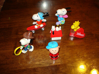 Snoopy & Frends ~ Lot #12 ~ 6 Small Figures ~ Excellent Condition ~  Lqqk