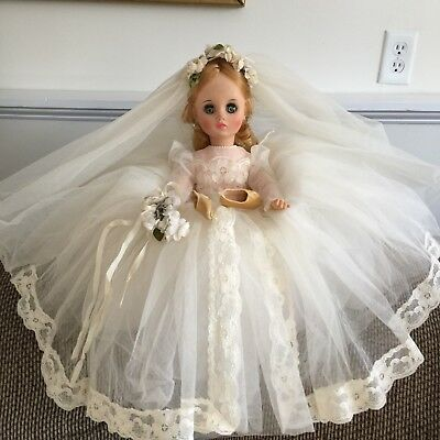 """~Beautiful 1960's Madame Alexander 17"""" Elise Bride With Bouquet, Complete"""