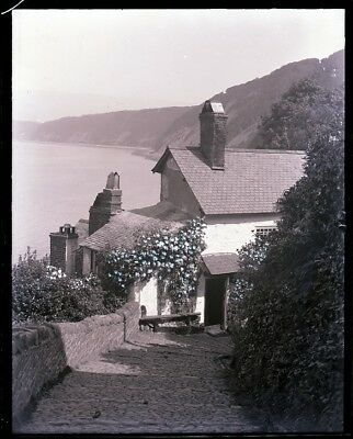 LATE 1800s, ANTIQUE GLASS NEGATIVE, CLOVELLY ENGLAND, ROSE COTTAGE IN SUNSHINE