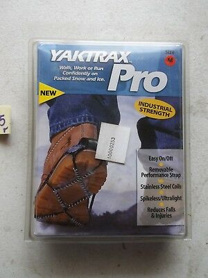 New In Pkg Yaktrax Pro Traction Cleats Ice Grips M Medium  (207)