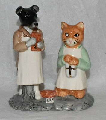Beswick Beatrix Potter Ginger and Pickles Tableau Figurine Gold Limited Edition