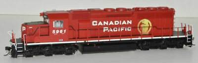 Bowser SD40-2 with DCC and sound Canadian Pacific CP beaver 5961