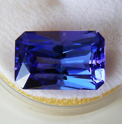 7.18ct!! NATURAL TANZANITE EXPERTLY FACETED IN GERMANY +CERTIFICATE AVAILABLE