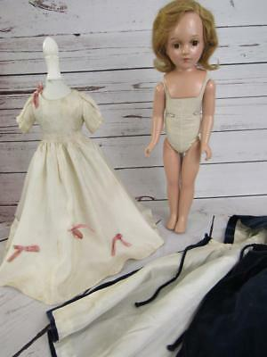 """Vtg 1940s Arranbee R&B Compo w/ Cloth Body  DEBUTEEN 19"""" Doll ORIG OUTFIT?"""
