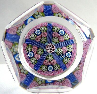 Briefbeschwerer / Paperweight WHITEFRIARS PS202 Butterfly Lace Twist 1977