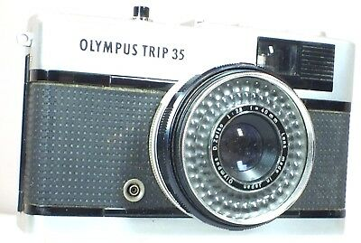 OLYMPUS Trip 35 Rangefinder Camera With D.Zuiko 40mm f/2.8 Lens - C57