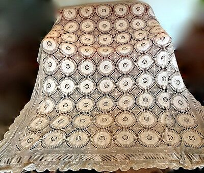 Vintage Hand Made Italian Coverlet Medallions & Crocheting 88 X 112 In