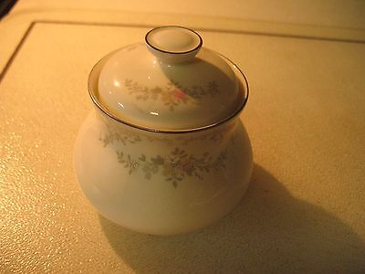 Royal Doulton DIANA Sugar Bowl with Lid EUC H5079
