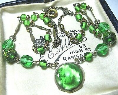 VINTAGE Antique ART DECO 30s Peridot Green Foil Glass Crystal BEAD Drop NECKLACE