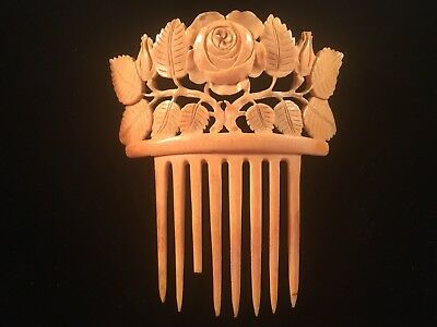 """Antique 1920s Carved Celluloid Hair Comb  Measures Over 4x4"""""""