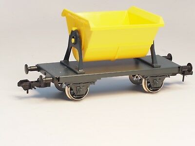 Marklin Maxi 1-Gauge Tip Hopper Car, metal wheels and undercarriage