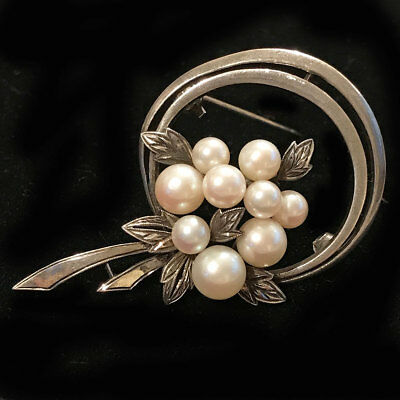 Genuine Mikimoto Sterling Silver & Cultured Pearl brooch, pin, fully hallmarked