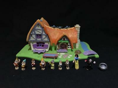 1995 polly pocket Disney SNOW WHITE COTTAGE  100% complete VGC  LIGHTS UP
