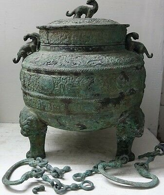 Very Interesting Large Chinese Bronze Archaic Vessel With Unusual Symbols - Rare