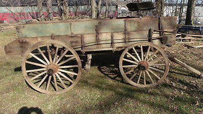 Antique Horsedrawn Buckboard Wagon