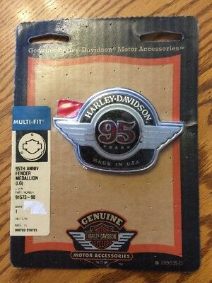 HARLEY DAVIDSON 95th Anniversary Large FENDER MEDALLION Sealed NEW In Package!!!