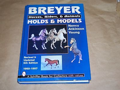 Breyer Horses Riders and Animal Molds Models Collectors Book Identification NR