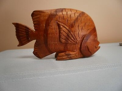 Beautiful vintage hand carved stained wood  fish 7 inch pre owned