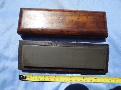 Vintage Charnley Forrest Natural Oil Stone Green Speckled Sharpening Razor Hone