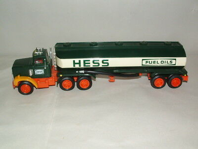 1984  HESS GAS and  OIL COIN BANK TANKER TRUCK